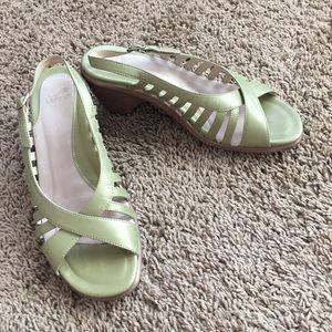 Dansko Shoes - Dansko green sandals sz 40 EUC